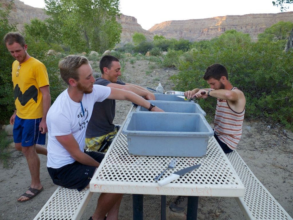Slow washing, Green River, Utah.